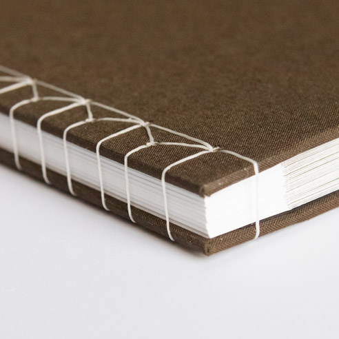 Books/Hardcover/Specialty Binding